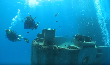 Cayman-Islands-Wreck-Diving-small